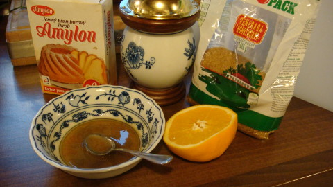 Celozrnná pomerančová srdíčka