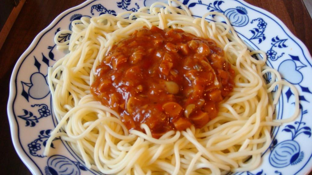 Rajčatová omáčka se žampióny na špagety