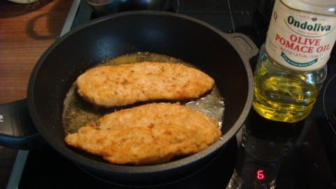 Celozrnný kuřecí řízek