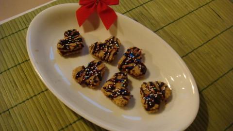 Ořechová srdíčka s čokokrémem celozrnná