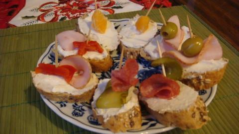 Křenová sýrová pomazánka na chlebíčky a jednohubky