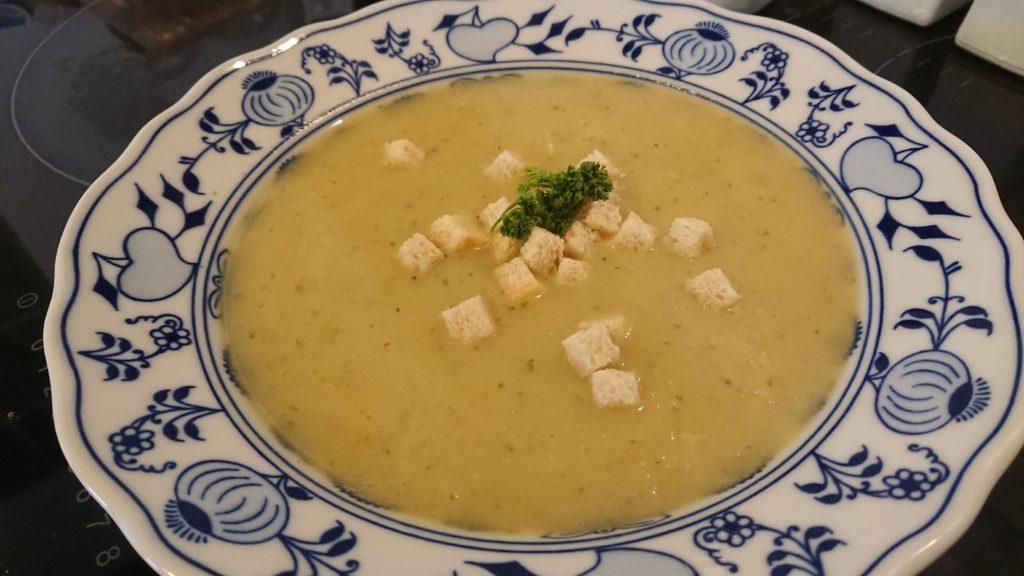 Chřestová krémová polévka ze zbytků